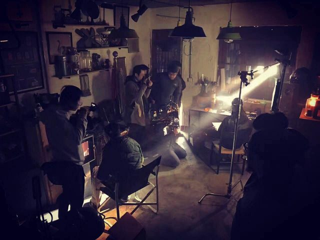 Airbnb_BTS_Light